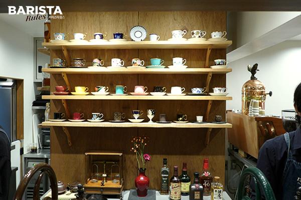 도쿄 카페 로스트로 커피_내부